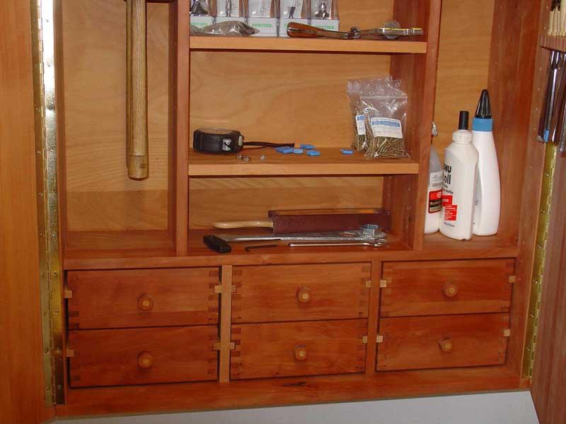 mein werkzeug schrank. Black Bedroom Furniture Sets. Home Design Ideas